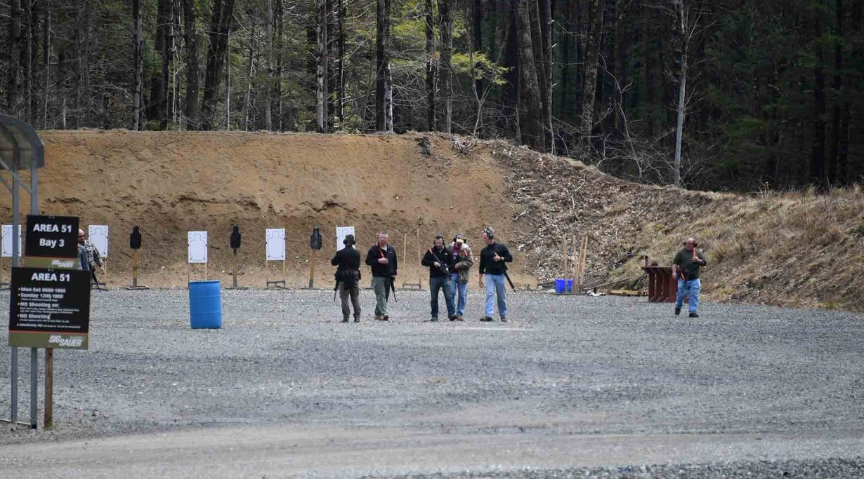SIG Sauer Academy: shooting ranges before tests