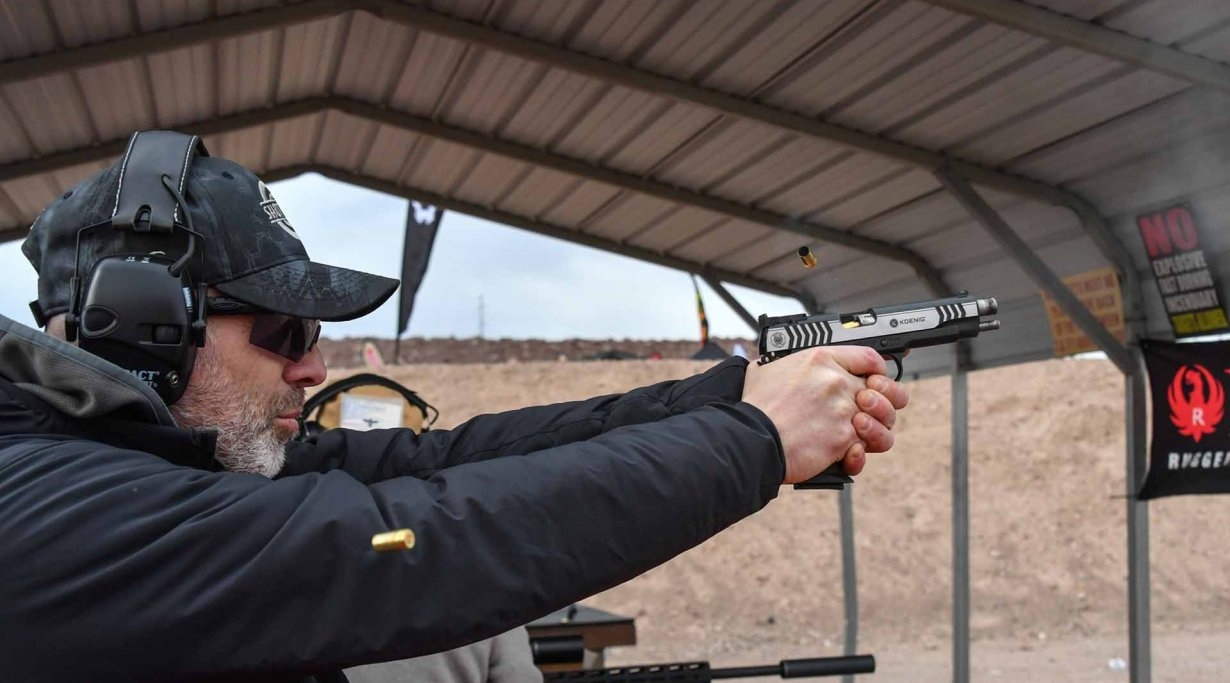 Shooting the Ruger SR1911 Competition pistol