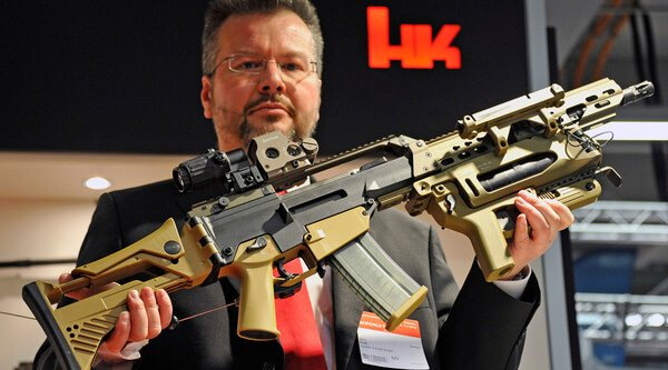Man showing the HECKLER & KOCH HK G36 A4 Grenade Launcher Module (GLM) at Enfoce Tac 2014