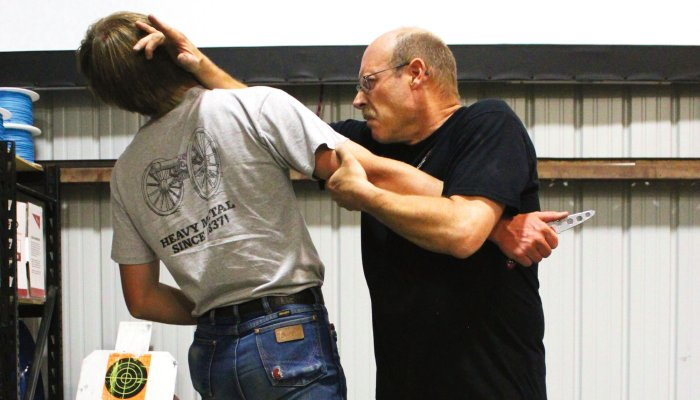 culture: Self-defense and unarmed defense Part 14 - Knife defense: the robbery