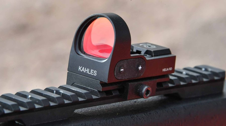 The Helia RD red dot sight features a unique anti-reflection coating