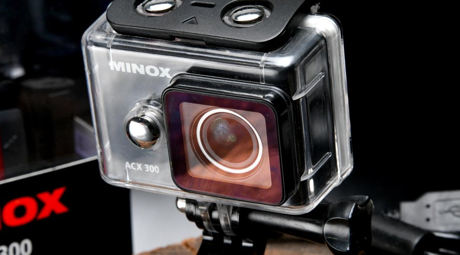 Minox ACX300 Action Camera with protective transparent case