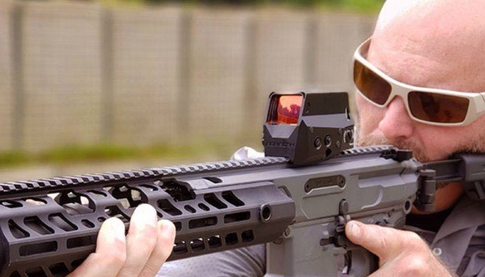 sig-sauer: SIG Sauer Romeo8H red dot sight wins the 2019 Golden Triggr Award