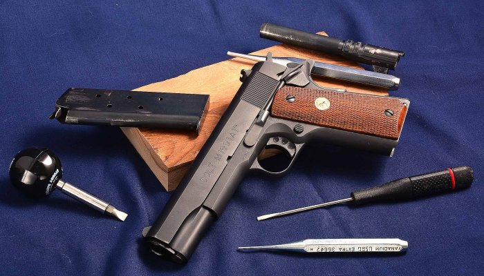 technics: Gallery: Colt 1911 Government .45 ACP complete disassembly
